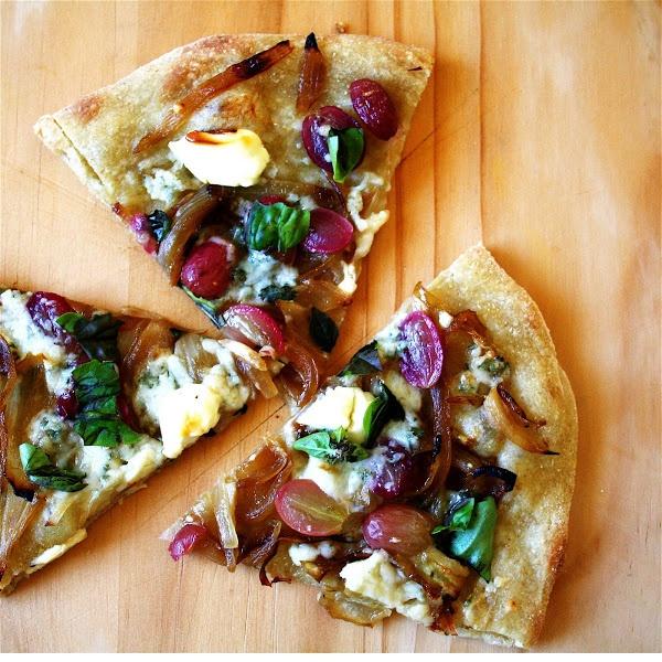 Gorgonzola And Grape Pizza Recipes — Dishmaps