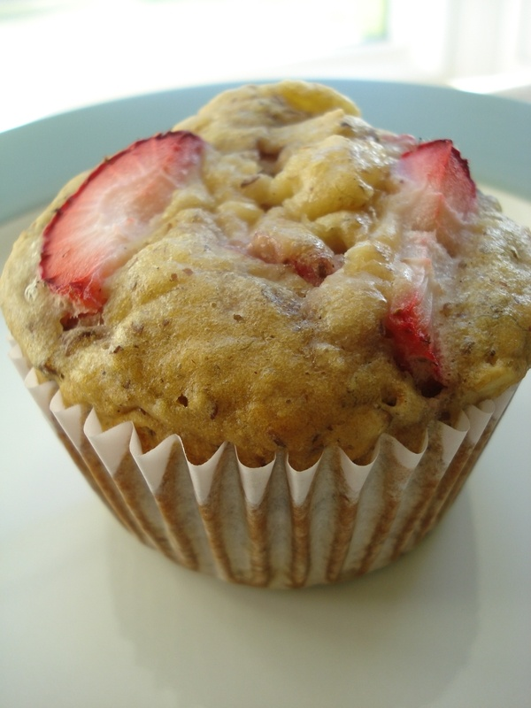 strawberry banana muffins | lets try this | Pinterest