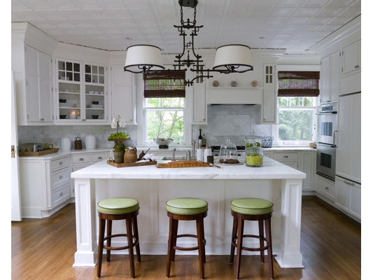 White kitchen with lime green accents kitchens i love for Green and white kitchen designs