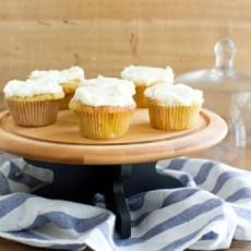 Basic Vanilla Cupcakes with Vanilla Cream Cheese Icing Recipe | Yummly