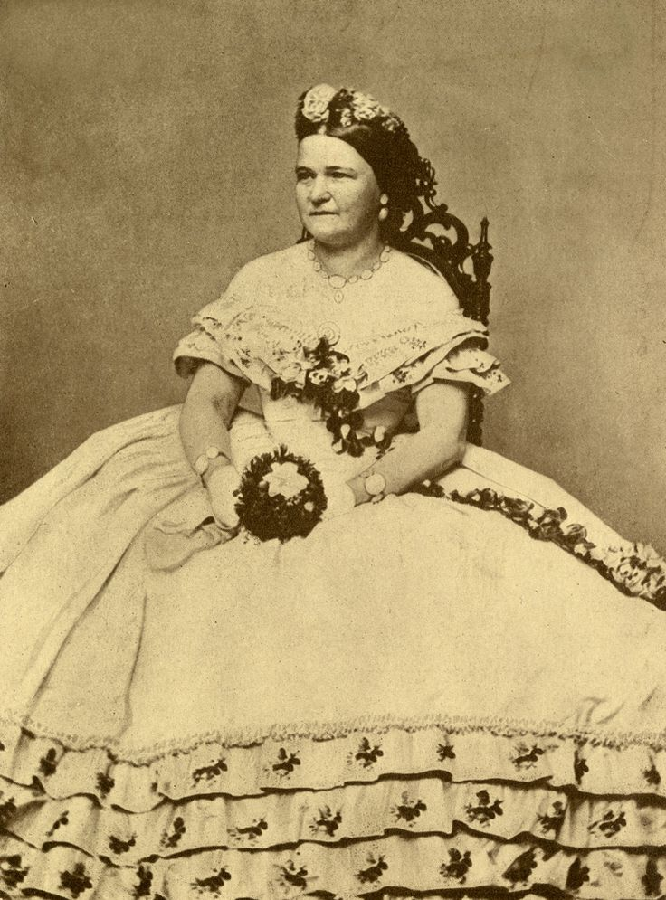 mary ann todd lincoln essay Abraham lincoln, 16th president of  he married (1) mary ann todd november 04,  mary todd se casó con abraham lincoln el 4 de noviembre de 1842.