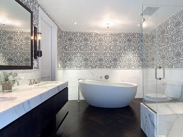 7 stunning manhattan bathrooms for Stunning bathroom ideas