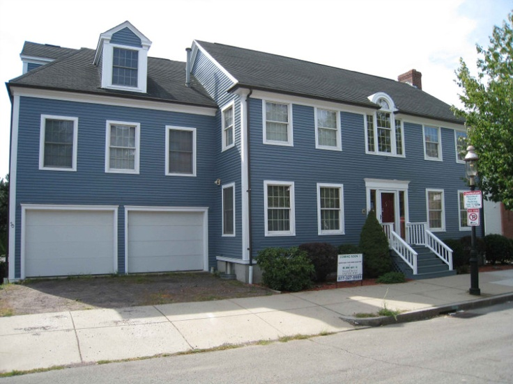 28 exterior paint color colonial blue for Blue house builders