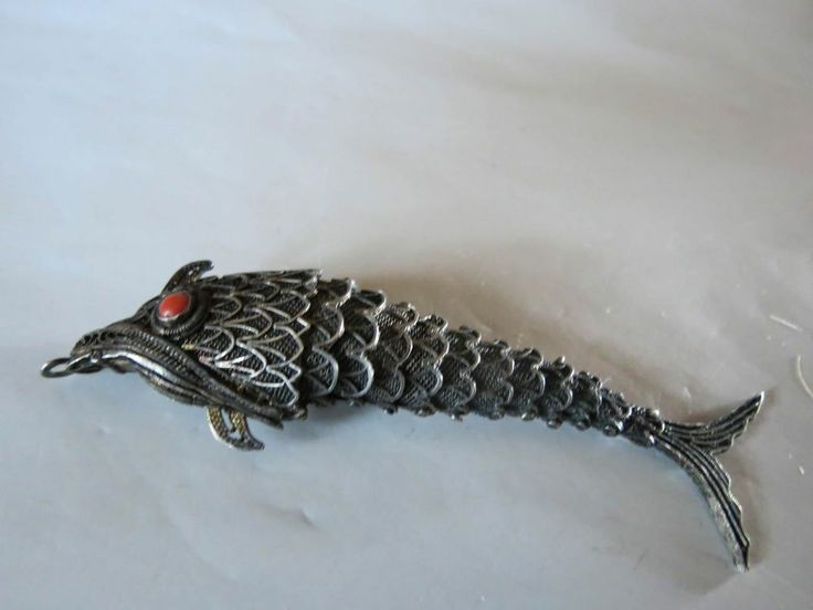 Vtg chinese large silver articulated scent koi fish 3 1 2 for Silver koi fish