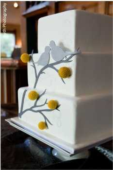 """Perfectly """"tweet"""" cake. Love this. This company really customizes details for the wedding cakes based on your theme."""