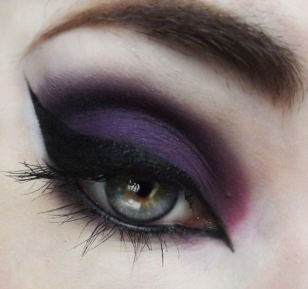 Black and purple eye makup | Makeup - Eyes | Pinterest