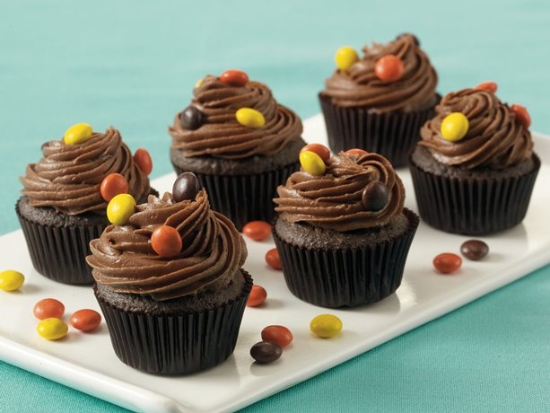 Peanut Butter Surprise Cupcakes - the colour palette here naturally ...