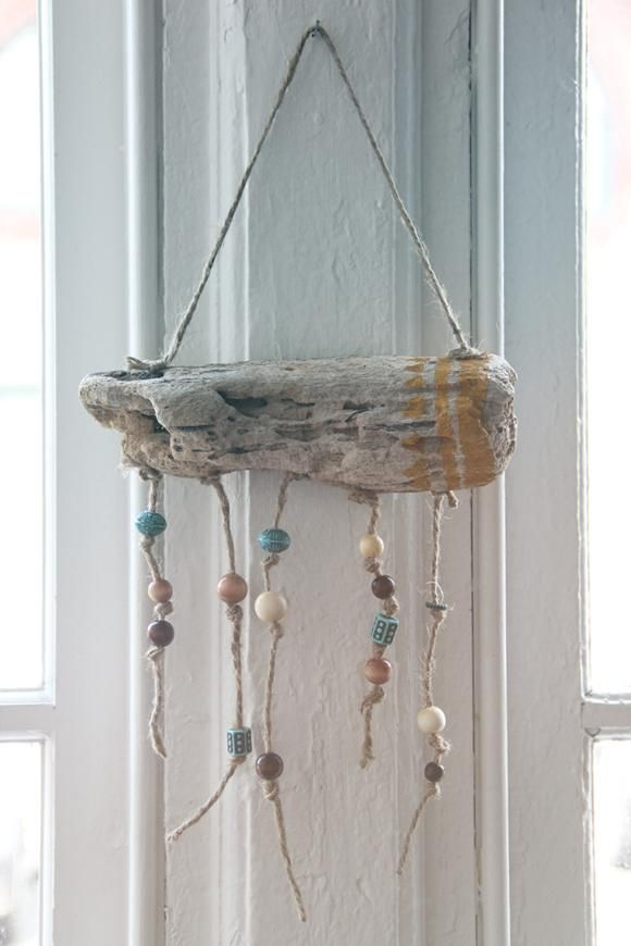 Diy tutorial driftwood crafts diy hanging driftwood for Driftwood crafts