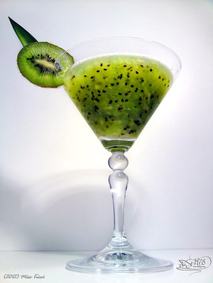 Miss kiwi cocktail yummies pinterest for Cocktail kiwi