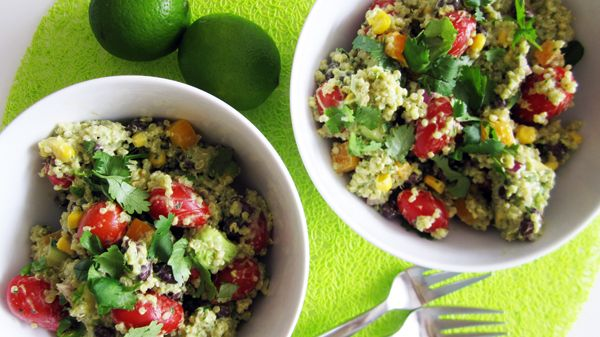 Southwestern Quinoa Salad with Creamy Avocado Dressing - Vegan and ...