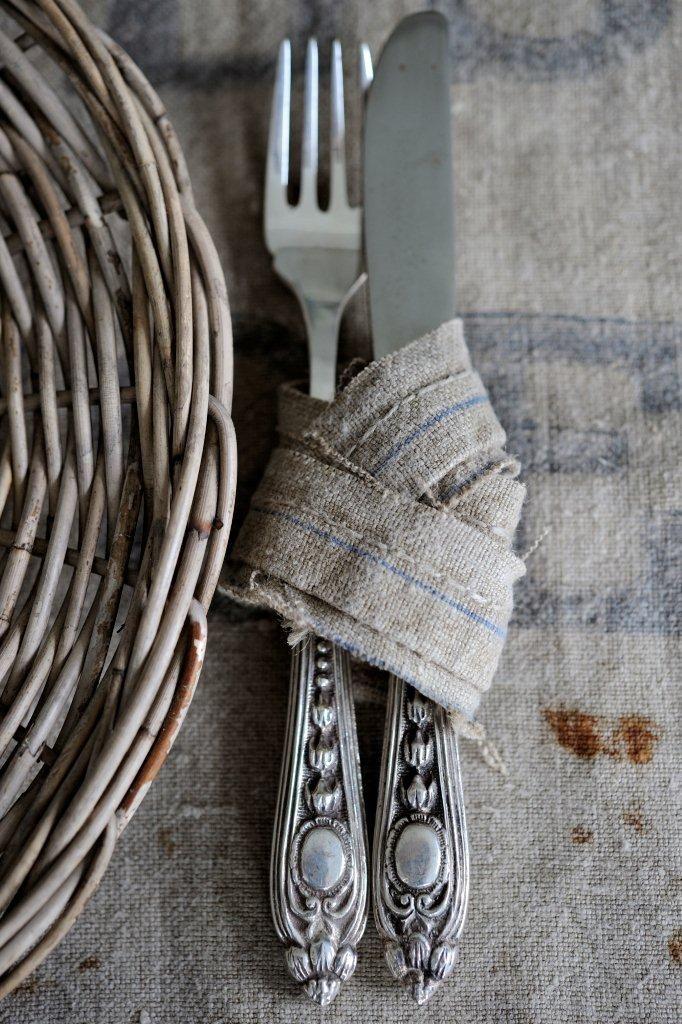 linen, silver & wicker