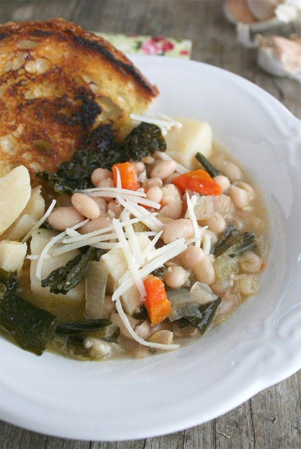 Tuscan Kale and White Bean Soup... In the Crockpot - A Little Bit of ...