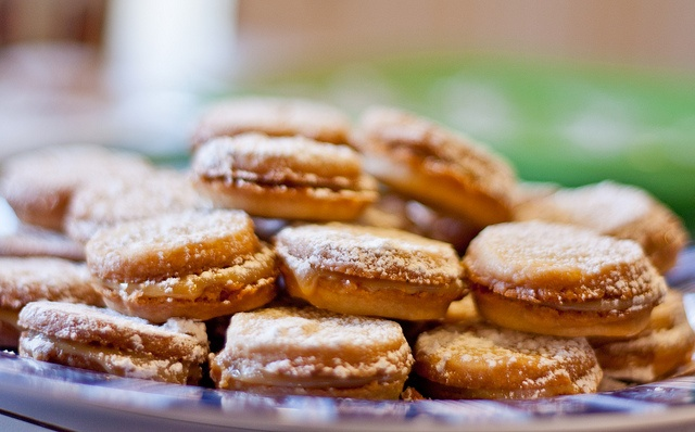 Caramel filled Shortbread Sandwiches | Recipes | Pinterest