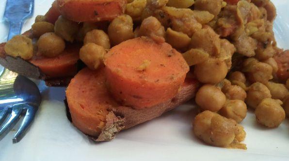 Chickpea Curry Stuffed Sweet Potato | Favorite Recipes | Pinterest