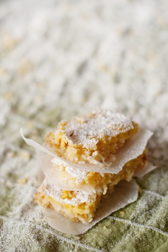 Gluten-Free Lemon & Coconut Bars | Clean eating | Pinterest