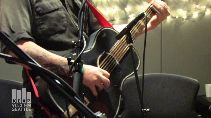 aces and twos the devil makes three graveyard chords