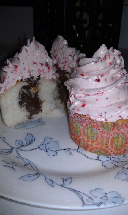 Strawberry Nutella Cupcakes. My own creation, white cupcake filled ...