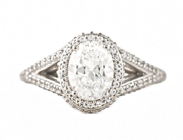 Oval Split Shank Diamond Halo Semi Mount Engagement Ring Diamond Ring…