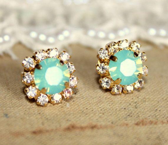 Crystal stud mint earring