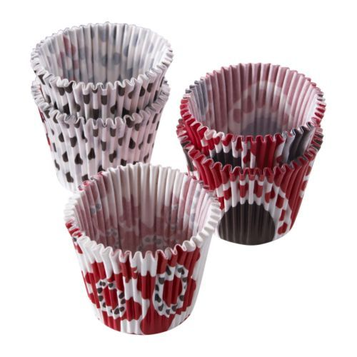 Tall and skinny cupcake pan liners.