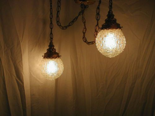 Vtg 70s hollywood regency crystal bathroom vantiy double for Bathroom swag lights