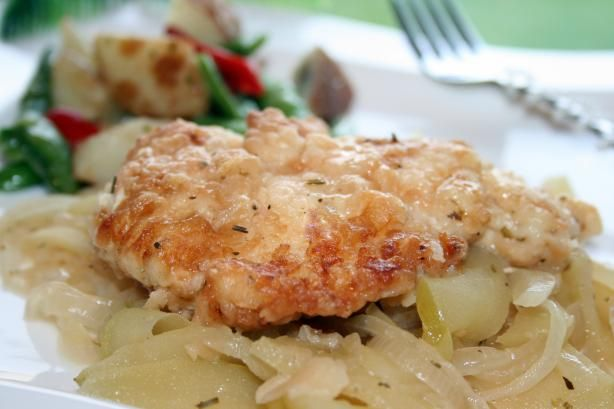 Sauced Chicken Breasts With Apples and Onions from Food.com: Another ...