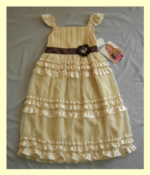 gorgeous sweet heart rose dress - if only i could get it in Miss M's size!