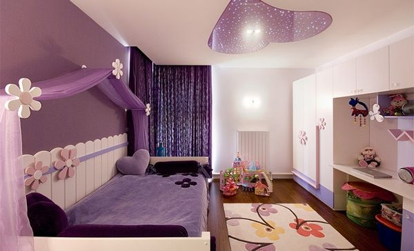 10 cute canopy beds for girly bedroom kid stuff pinterest for Cute girly rooms