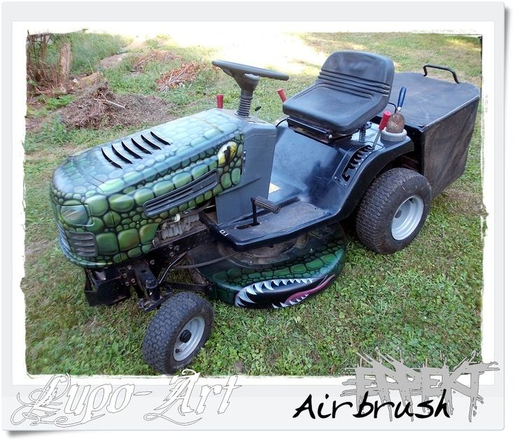 airbrush auf einem rasenm her traktor airbrush pinterest. Black Bedroom Furniture Sets. Home Design Ideas