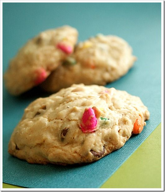 Brown Butter Oatmeal & Chocolate Sunflower Seed Cookies via @ ...