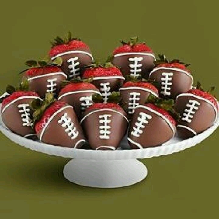 Chocolate covered strawberries | Party Ideas | Pinterest