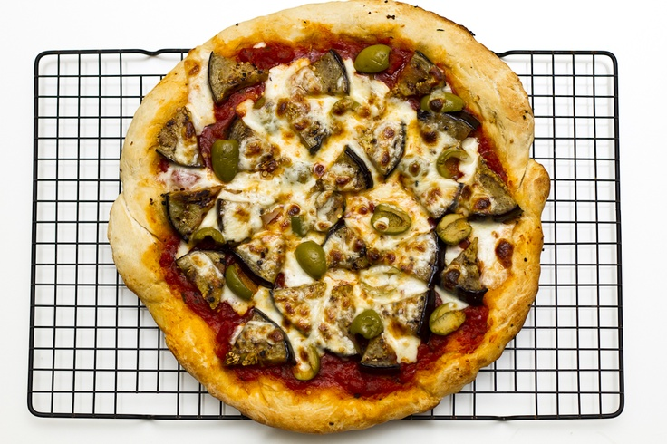 Eggplant and Olive Pizza #food #recipe #pizza #eggplant