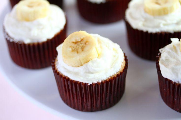 Recipe – Banana Cupcakes with Honey Cinnamon Frosting