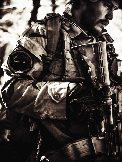 Taylor Kitsch - Mike Murphy- Lone Survivor | The ...