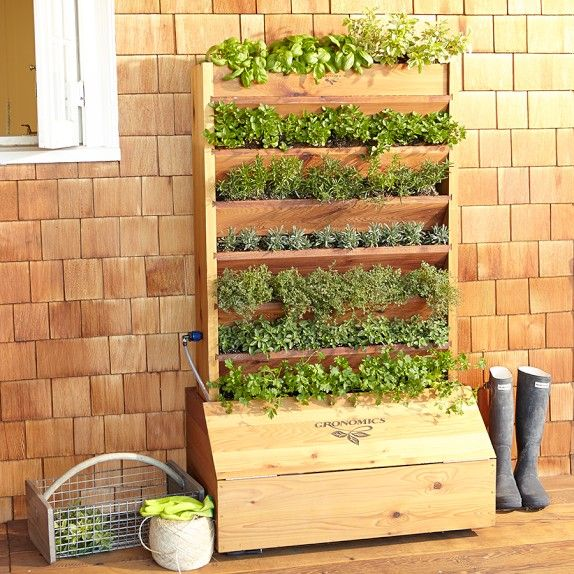 Self Watering Vertical Planter Casa De Campo Pinterest