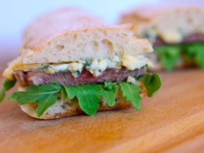 Rib Eye and Gorgonzola Sandwiches. | Boeuf | Pinterest