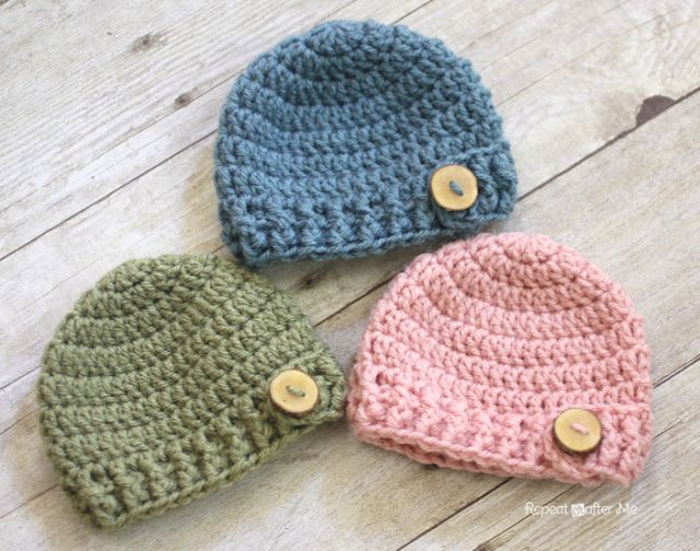 Crochet Newborn Hat : DIY Wood Buttons on crochet hats Crochet Baby Hats Pinterest