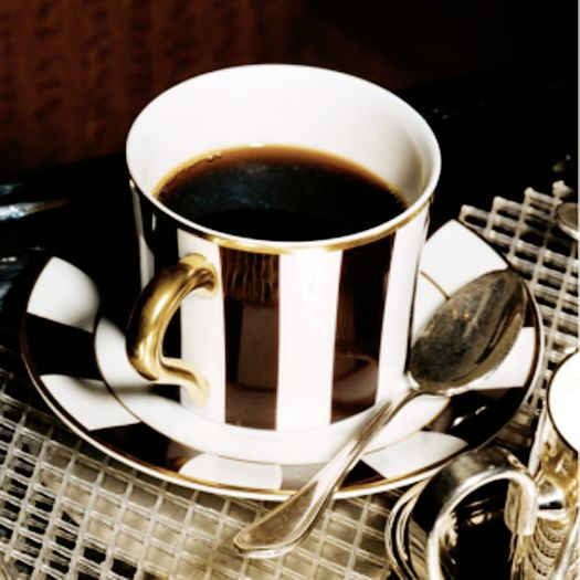 the morning brew in black and white stripes. oh, so, ready to make my morning worth while