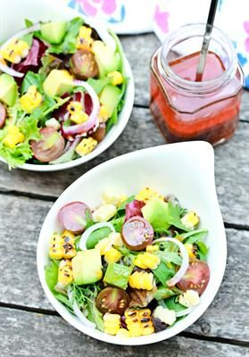 ... Salad-Loving Taste Buds: Smoky Paprika Vinaigrette on Grilled Corn
