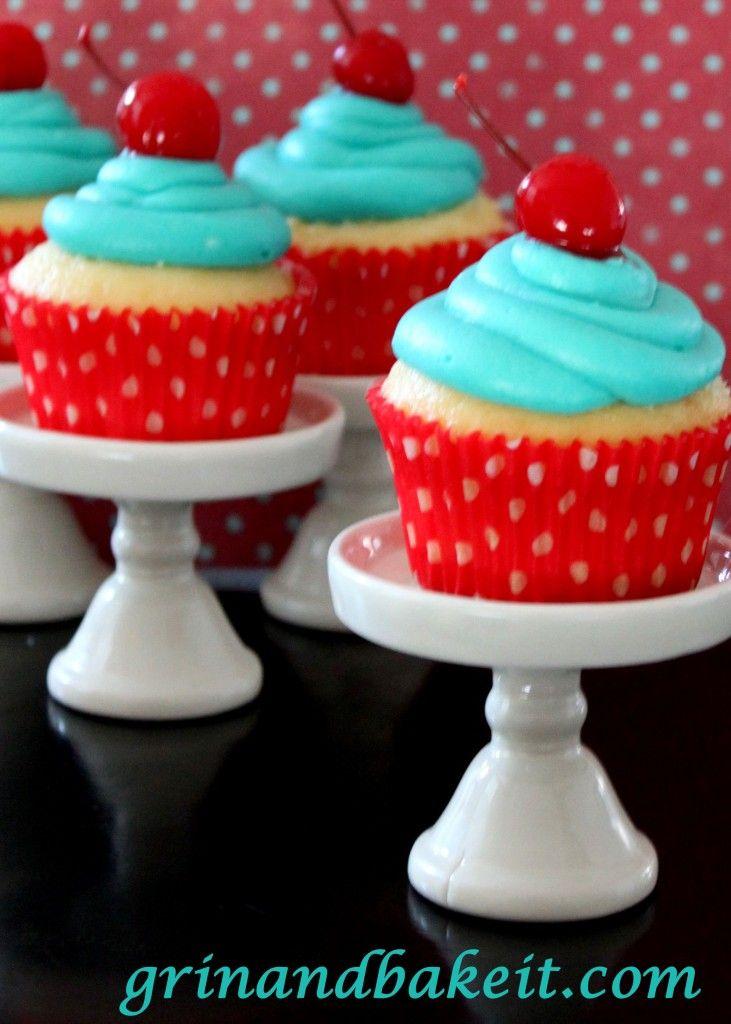 Pina Colada Cupcakes w/ Coconut Rum | ~Cupcakes~ | Pinterest