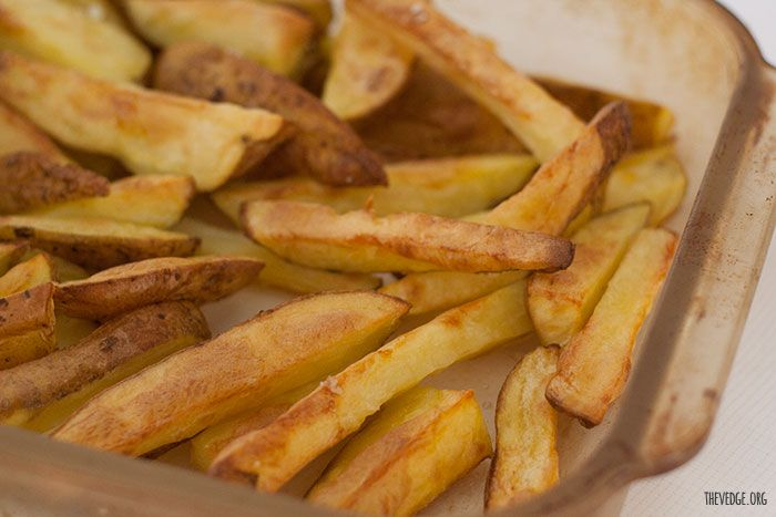 Healthier Oven Baked Not-Fried Fries (Fat Chips) http://thevedge.org