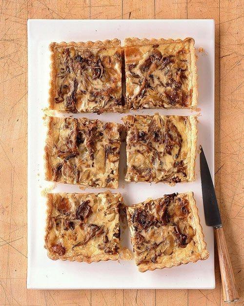 Caramelized Onion and Gorgonzola Quiche Recipe.