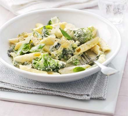 Garden veg pasta: Settle down with a comforting bowl of creamy pasta ...