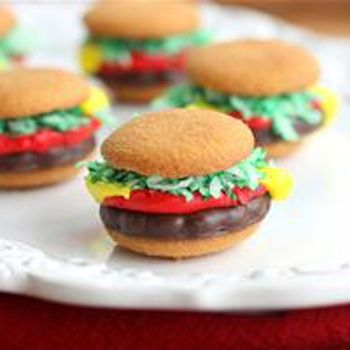 Mini Burger Cookies | Sweet Tooth | Pinterest
