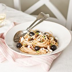 Spaghetti with Olives and Sun Dried Tomatoes