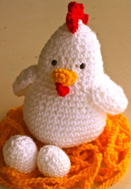 Free Crochet Patterns For Easter Chickens : Easter Chicken - Free Crochet Pattern Crafts! Pinterest
