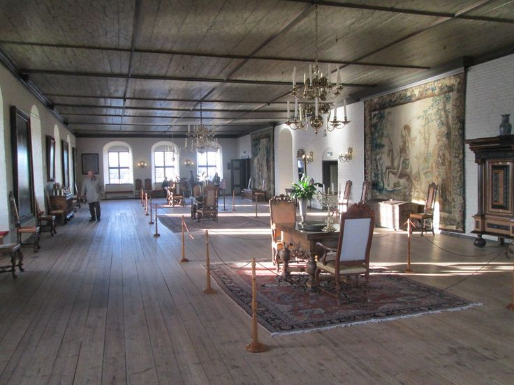Sunday morning in oslo the hall of christian iv akershus castle www