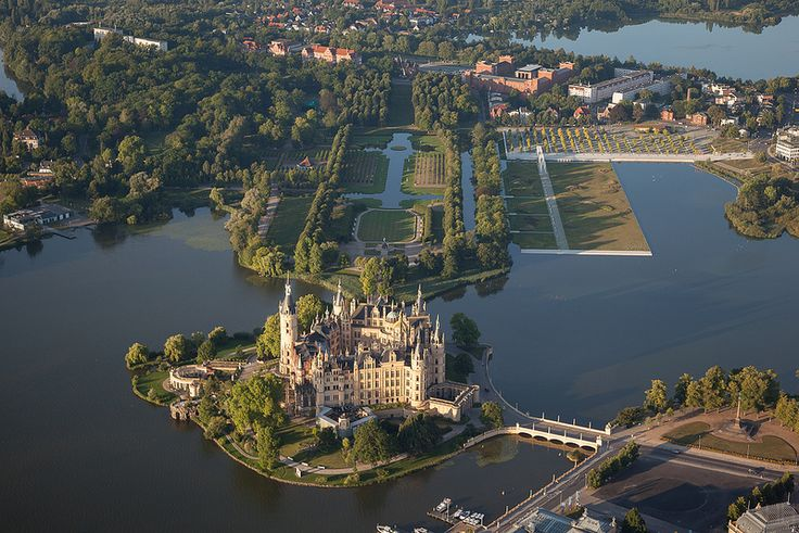 Schloss Schwerin Castle Germany Architecture Pinterest