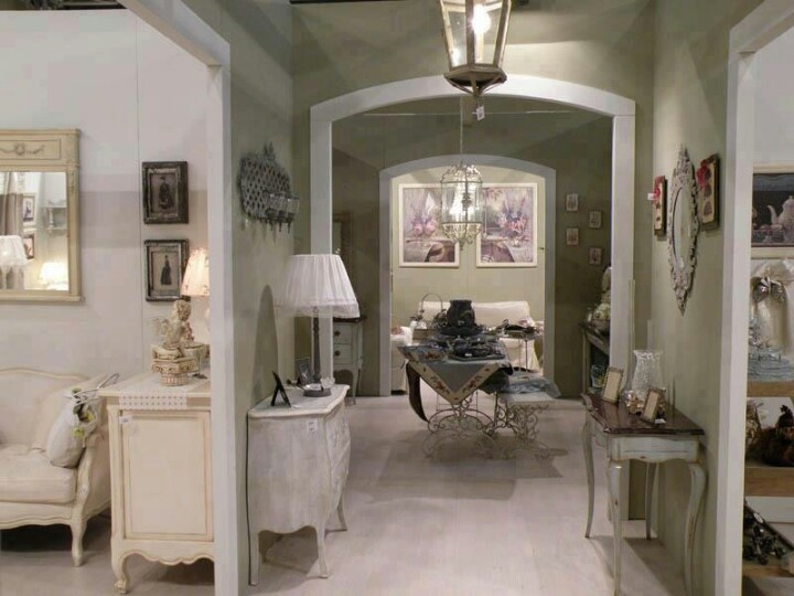 French provincial Shabby Chic,French Provincial Style...luv.. Pin ...