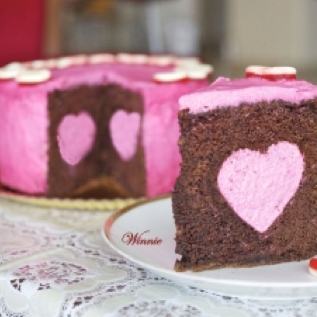 Chocolate cake and strawberry mousse! | Food | Pinterest